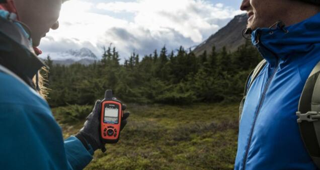 gps backpacking device